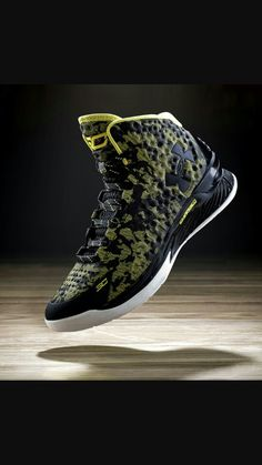 Under Armour Stephen Curry One Okay. Never tried Under Armour but something's nagging me to. Must be the hype. Kobe Shoes, Men's Shoes, Armor Shoes, Basketball Shoes For Men, Sports Shoes, James Harden Shoes, Kevin Durant Shoes, Stephen Curry Shoes, Baskets
