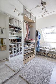 Lang Leve Verandering make-over voor de ouders van Sanne | #IKEA #LangLeveVerandering #IKEAnl #emptynest #walkincloset #garderobe