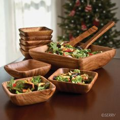 Acacia Salad Set Hand carved of beautiful acacia wood, this stately set includes one large square serving bowl, eight square salad bowls, and a serving spoon and fork. Cool Kitchen Gadgets, Kitchen Items, Home Decor Kitchen, Kitchen Utensils, Cool Kitchens, Tuscan Kitchens, Luxury Kitchens, Wooden Bowls, Wooden Salad Bowls