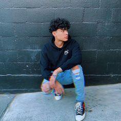 "Giovanny ッ on Instagram: ""Sinner Club 😈💔"" Boys With Curly Hair, Curly Hair Men, Curly Hair Styles, Cute Lightskinned Boys, Cute Guys, Pretty Boys, Cute Relationships, Cute Relationship Goals, Mens Photoshoot Poses"