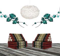 En Eos XL vit fjäderlampa tillsammans med två st thaikuddar i röd/svart och väggdekoration Rythm of Flourish grön  www.globalxdesign.com