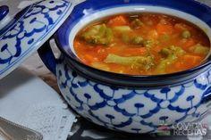 Receita de Sopa de legumes tradicional em receitas de sopas e caldos, veja essa e outras receitas aqui!