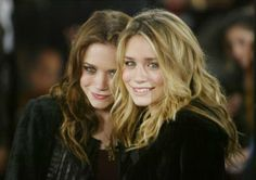 Olsen Twins at the MTv Music Awards | Star Transformation: Mary Kate & Ashley Olsen Turn 27