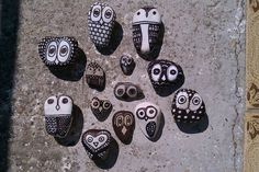 Rock / stone painting OWLS