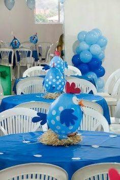 Galinha Pintadinha, centro de mesa feito com um balão e alguns recortes de E.V.A.!: