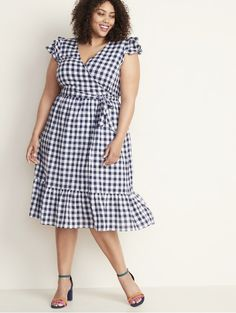 Shop the latest styles in plus size clothing for women, designed to fit and flatter. Choose from classic pieces to trendsetting styles for plus size women. Plus Size Maxi, Moda Plus Size, Plus Size Dresses, Plus Size Outfits, Mode Outfits, Dress Outfits, Looks Plus Size, African Fashion Dresses, Plus Size Women