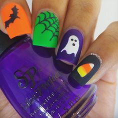 Halloween characters are the popular subjects for nail Art designs. Whatever zombies or vampire, the nails are always painted in cute colorful style. Holiday Nail Designs, Holiday Nail Art, Cute Nail Designs, Fingernail Designs, Pedicure Designs, Fancy Nails, Pink Nails, Pretty Nails, Glam Nails