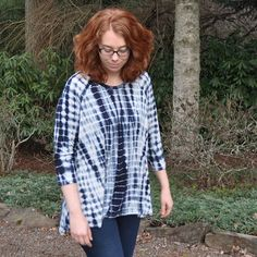 I can see why Heather has been living in her Ebony tees for the past few months! So comfy and a quick sew. Blog post coming soon- including a look at my dress version in French Terry! This is the raglan tunic version with 3/4 length sleeves. Fabric and pattern available in the shop. #stylemakerfabrics #ebonytee #closetcasepatterns #memadeeveryday #imakefashion #isew #secretpajamas @closetcase.patterns