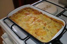 Pita od mesa i krumpira New Recipes, Baking Recipes, Favorite Recipes, Appetizer Recipes, Dinner Recipes, Bosnian Recipes, Bosnian Food, Serbian Food, Musaka