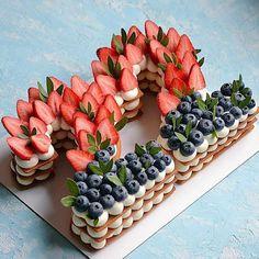 Pretty Cakes, Beautiful Cakes, Amazing Cakes, Number Birthday Cakes, Number Cakes, Mini Cakes, Cupcake Cakes, Delicious Desserts, Dessert Recipes