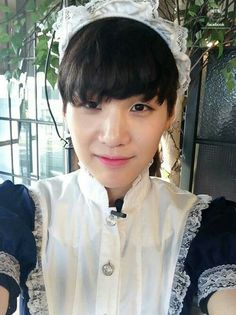 BTS - SUGA - hip hop is dead XD// I wonder in a morbid sort of way if he still has this...