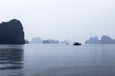 Bai Tu Long bay, Vietnam
