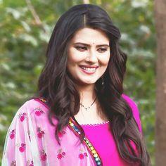 Tv Actors, Actors & Actresses, Kratika Sengar Wedding, Cute Celebrities, Celebs, Mouni Roy Dresses, Cute Couple Videos, Only Girl, Beautiful Girl Image
