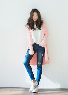 awesome korean fashion – ulzzang – ulzzang fashion – cute girl – cute outfit – seoul style – asian fashion – korean style CONTINUE READING Shared by: torihilk Korean Fashion Styles, Korean Fashion Ulzzang, Korean Fashion Summer, Korean Fashion Casual, Korean Street Fashion, Korea Fashion, Cute Fashion, Look Fashion, Trendy Fashion
