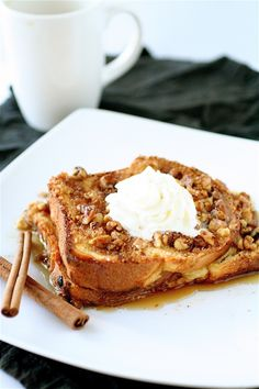 Baked Eggnog French Toast | The Curvy Carrot Baked Eggnog French Toast | Healthy and Indulgent Meals Dangling in Front of You Breakfast Pizza, Savory Breakfast, Sweet Breakfast, Breakfast Recipes, Second Breakfast, Breakfast Ideas, Brunch Ideas, Eggnog French Toast, French Toast Bake