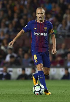 Andres Iniesta Photos - Andres Iniesta of Barcelona runs with the ball during the La Liga match between Barcelona and Espanyol at Camp Nou on September 2017 in Barcelona, Spain. - Barcelona v Espanyol - La Liga Barcelona Players, Fc Barcelona, Marc Andre, September 9, Camp Nou, Professional Football, Fifa, Coaching, Soccer