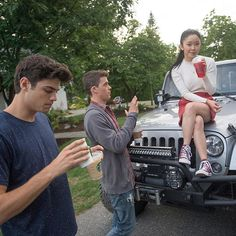 "Behind the scenes of ""To All The Boys I've Loved Before"" Lara Jean, Movie Couples, Cute Couples, Love Movie, Movie Tv, Jenny Han, Kissing Booth, Netflix Movies, Romantic Movies"