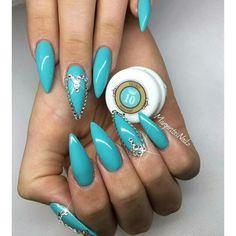 Aqua, stiletto nails