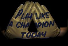New Notre Dame football gloves say 'Play like a champion today' (Picture) Notre Dame Football, Nd Football, Football Gloves, Tennessee Football, Football Stuff, Baseball, College Football News, School Football, Noter Dame