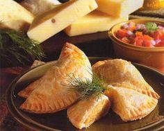 Empanadas Norteñas de queso (Peruvian Recipe) -cheese and egg