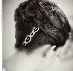 French Twist with Curls | loose curls in classic French twist.
