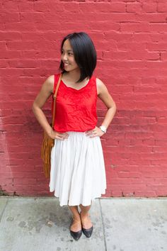 I've been loving fringe details lately (like this fringe skirt), but a fringe purse is the perfect accessory to add fringe to every outfit! Zaful fringe purse I'm remixing old favorites today with this red blouse,white polka dot midi skirt, J.Jill sandals, and my new favorite summer purse –Zaful fringe purse. Follow Zaful on Instagram … … Continue reading →