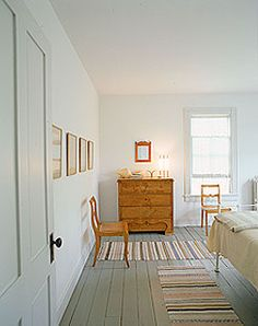 Guest bedroom inspiration by Sag Harbor House by Architects Fernlund & Logan.