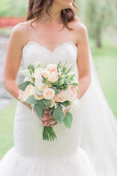 Pink Rose and Seeded Eucalyptus Bouquet | BRITTANY LEE PHOTOGRAPHY | APROPOS FLOWERS | ESSENSE OF AUSTRALIA | SINDERS BRIDAL HOUSE | http://knot.ly/6495Ba9U5