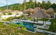 Villa Gita, Beach Front, Candidasa, East Bali, Bali - http://baliholidayrentals.com/bali-villas/villa-gita-beach-front-bali-544.html