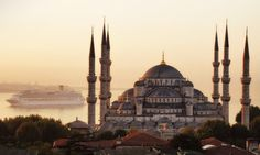 The Blue Mosque (Called Sultanahmet Camii in Turkish) was built by Sedefkar Mehmet Aga in the sultan Ahmet's time between years. Turkey Photos, Blue Mosque, Gap Year, Place Of Worship, Taj Mahal, Places To Go, Tourism, Photo Galleries, Beautiful Places