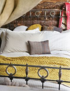 Fora cabin in the mountains!  yummy linens, soft cozy bed
