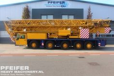 Used tower crane available at Pfeifer Heavy Machinery. Item Number PHM-Id 07252, manufacturer SPIERINGS, model SK598-AT5, year of construction 1999, kilometers 169127, hours 18482, loading (lifting) capacity (kg) 8000, fuel Diesel. More cranes at www.pfeifermachinery.com.