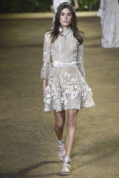 Elie-Saab-Spring-2016-Couture