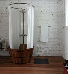 Oh So Lovely Vintage: Dreamy bathrooms.