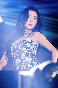 Photo album containing 54 pictures of Irene Seulgi, Kpop Girl Groups, Kpop Girls, Concert Looks, Fan Picture, Red Velvet Irene, Velvet Fashion, Beautiful Asian Women, Asian Girl