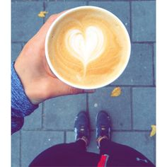 #love #coffee #cappuccino #koffie #goodtimes #happy #weekend #stayingfit #gettingfit #fitness #amsterdam #amsterdamwest #amsterdamoudwest #amsterdamoldwest #overtoom #koffieacademie #caffeinefix #caffeine #takeaway #koffieacademie #soulsurfers Photo by @soulsurfers_fem