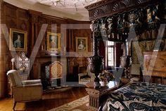 Hermione's bedroom in her personal quarters.