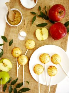 Party Food: Apple & Cinnamon Pie Pops Recipe
