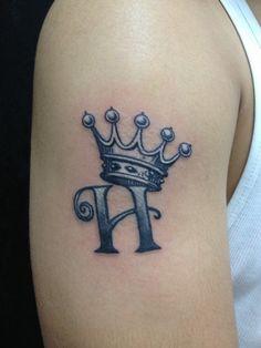Small Crown Tattoo 4487.jpg