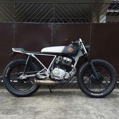 SKYTEAM ACE 125 #caferacer #skyteamacemotorcycle