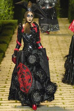 Christian Dior Fall 2006 Couture - Collection - Gallery - Style.com
