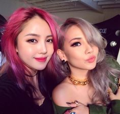 CL Snaps a Photo With Famous Makeup Artist Pony- Love their makeup.
