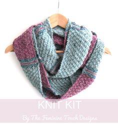 Infinity Scarf knitting kit , striped cowl , knitting pattern scarf , craft diy , birthday gift , diy kit , tutorial , instructions , learn