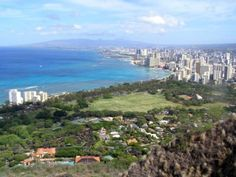 30 of the Best Things to Do on the Island of Oahu: See Waikiki and Oahu from the Top of Diamond Head