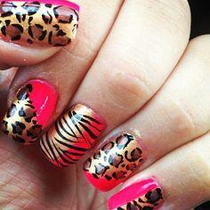 nail design I think I'm in love