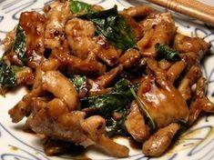 cuisse de poulet, basilic, huile de tournesol, oignon, ail, gingembre, soja, Poissons, sucre en poudre, Sel, Poivre, piment