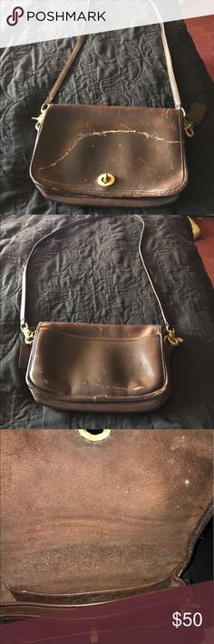 Authentic vintage coach purse Vintage coach purse. The straps are 19 inches long. The only flaw is the color on the front has some fading. Has a pocket on the back of the purse and has three pockets inside the purse. Still in good shape Coach Bags Shoulder Bags