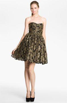 Alice + Olivia 'Caryn' Full Skirt Dress