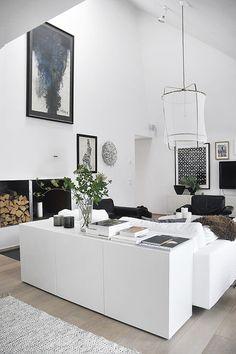 modern_living_room_painting