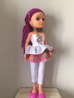 I'm wearing... #dolls #muñecas #poupées #juguetes #toys #bonecas #bambole